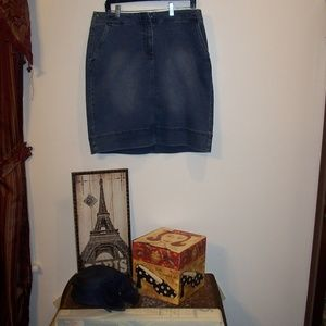 TALBOTS JEAN DENIM SKIRT NWT 10